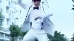 """Doanh nhân thủy sản Việt nhảy """"Gangnam Style"""" cực ngầu"""