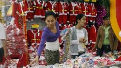 """Thị trường Noel 2012: Sức mua yếu, giá """"mềm"""""""