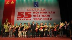 55 năm Hội Nhà văn Việt Nam: Dấn thân vì tình yêu con người