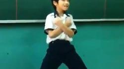 Ngây người xem cậu trò Việt nhảy Gangnam chẳng kém Psy