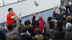 7.000 CĐV Real Madid gây sức ép với Mourinho