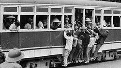 Hoài niệm về Hà Nội qua triển lãm tàu điện