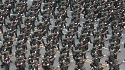 Hàn Quốc duyệt binh quy mô lớn, khoe tiềm lực quân sự