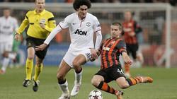 """Clip: M.U """"hút chết"""" trên sân của Shakhtar Donetsk"""