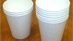 Cốc và đĩa giấy an toàn để dùng