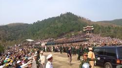 Người dân Quảng Bình đón linh cữu Đại tướng Võ Nguyên Giáp