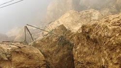 Quảng Nam: Sạt lở đất, đá vùi 3 cha con