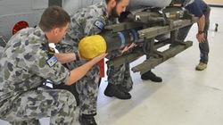 """NÓNG: Lộ ảnh hải quân Australia dùng tên lửa """"Hỏa ngục"""" Mỹ"""