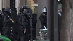 Bắt giữ con tin giữa thủ đô Paris