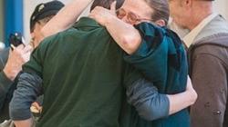 Mỹ: Học sinh xả súng bắn thầy ngay trường học