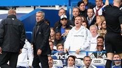 """Mourinho trả giá vì """"chửi"""" trọng tài"""