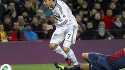 """Pique """"báo hại"""" HLV Barcelona trước trận Siêu kinh điển"""