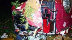 Lào Cai: Xe khách lao xuống vực, 46 người thương vong