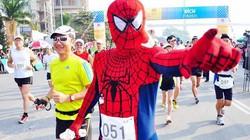 Ấm tình hữu nghị đường đua marathon Hạ Long