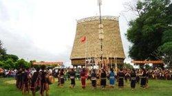 Kon Tum: 725 thôn, làng có nhà rông văn hóa