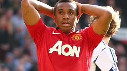 HLV Moyes xác nhận để bản hợp đông 27 triệu bảng rời M.U