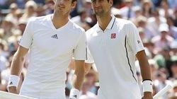 """Choáng với màn """"thi triển công phu"""" cực đỉnh của Djokovic, Murray"""