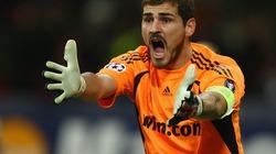 Casillas chuẩn bị chia tay Real, gia nhập Barca?