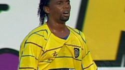 SỐC: Cựu cầu thủ Brazil bị... chặt đầu vứt trước cửa nhà