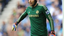 """Real nhắm siêu thủ môn Chelsea thay """"thánh"""" Casillas"""