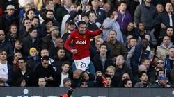 """Rooney """"đốt đền"""", M.U vẫn thắng đậm"""