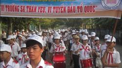 """TP.HCM: Hơn 3.000 người đi bộ gây quỹ """"Vì Trường Sa thân yêu"""""""