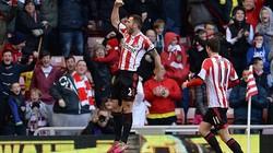"""Sunderland 1-0 Man City: Man xanh tiếp tục """"ôm hận"""" tại The Light"""