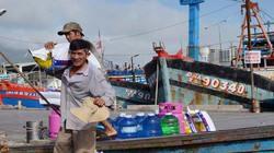 Đà Nẵng: Ngư dân hối hả chuẩn bị ra khơi