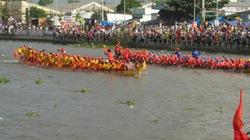 Festival đua ghe ngo đồng bào Khmer ĐBSCL -Sóc Trăng lần thứ nhất 2013: Thêm vui, thêm đoàn kết