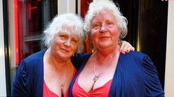 Chuyện chưa biết về tình trường của cặp gái gọi lớn tuổi nhất thế giới