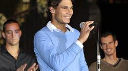Nadal chơi khăm khiến Murray ngượng chín mặt với người đẹp