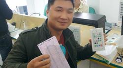 Bi hài ngày đầu bán iPhone 5S chính hãng ở Việt Nam
