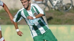 Cựu cầu thủ Porto đột tử trên sân bóng