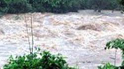 Nước lũ xuống chậm, thêm nhiều người tử vong