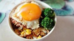 Cơm trứng ốp siêu nhanh với nồi cơm điện