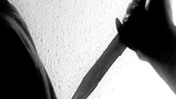 """Đâm chết hàng xóm vì nghi """"tòm tem"""" vợ mình trong 20 năm"""
