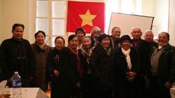 Sinh viên Việt Nam tại Pháp hướng về miền Trung