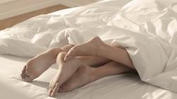Héo queo vì đêm tân hôn, chồng bắt quan hệ… 7 lần