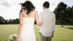 Đau đớn như kết hôn với trai đẹp
