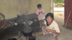Xóm nghèo giữa thành phố