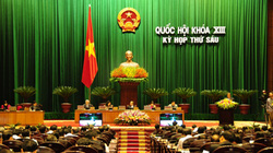 Chủ tịch Quốc hội ký chứng thực Hiến pháp sửa đổi
