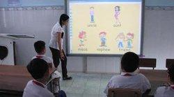 Cần Thơ: Phụ huynh tố trường cho DN dạy ngoại ngữ trong giờ chính khóa