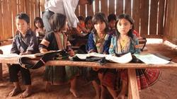 Hỗ trợ gần 6.000 học sinh dân tộc rất ít người