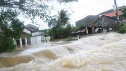 Khoanh, giãn nợ cho các hộ  bị thiệt hại do bão lụt