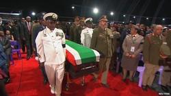 Nam Phi tiễn biệt ông Nelson Mandela về nơi an nghỉ cuối cùng