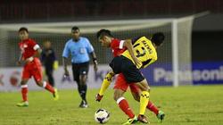 Hòa Malaysia, U23 Singapore giành vé vào bán kết