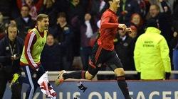 Sunderland đá văng Chelsea khỏi Leage Cup