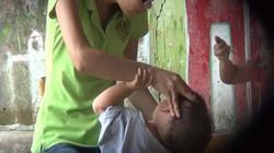 Chuyên gia chia sẻ cách nhận biết trẻ bị bạo hành tại lớp