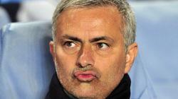 """Hé lộ lý do Mourinho """"bỏ một đống tiền"""" để trở lại Chelsea"""