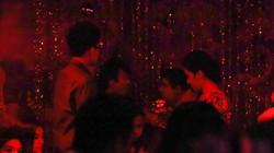 Trước đêm tân hôn, Thanh Bùi đưa vợ hot girl đi bar